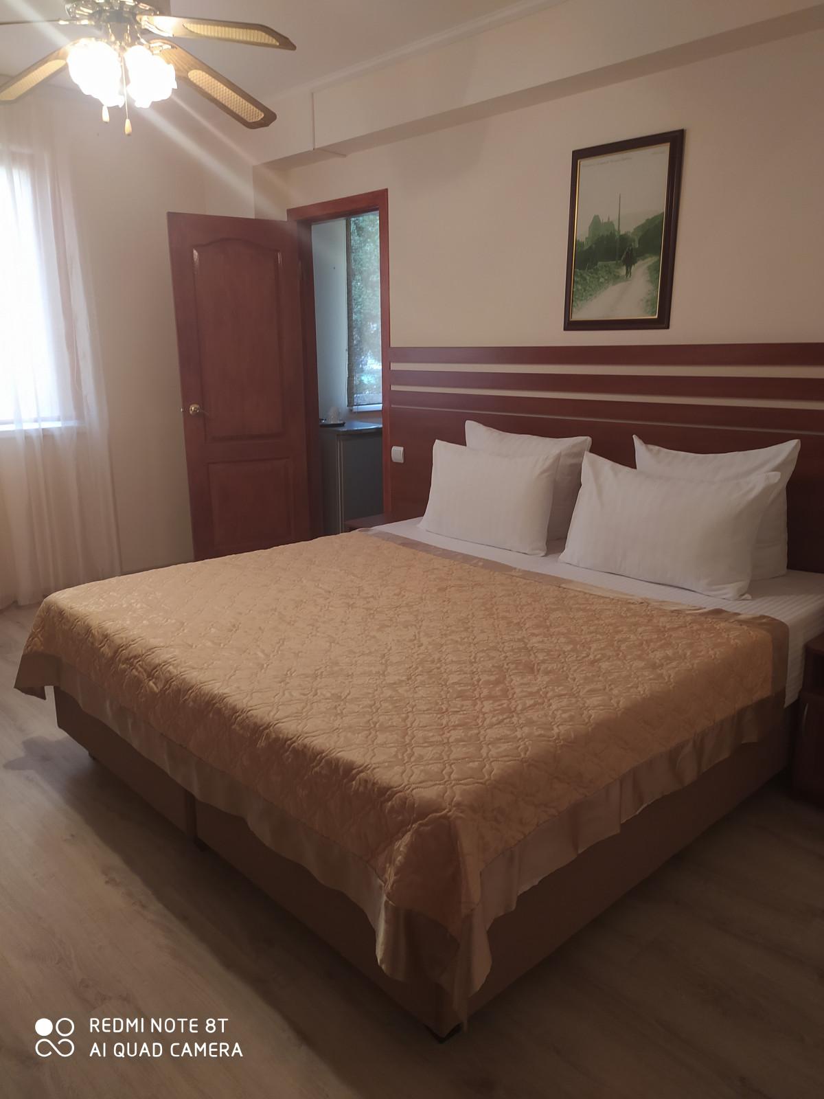 Крым Утес гостиница Парадиз номер Стандарт с видом на гостиницы без балкона